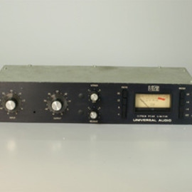 model 1620 MUSIC MIXER