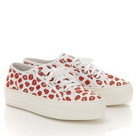 Au Jour Le Jour - Lips Canvas Trainers