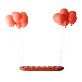 h220430 - Balloon Bench