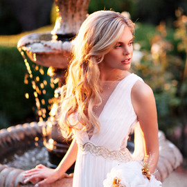 sleeveless bridal gown back embroidered detail