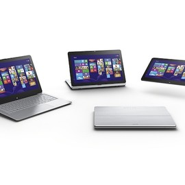 SONY - VAIO Fit multi-flip PC