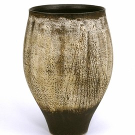 Hans Coper - Tall pot
