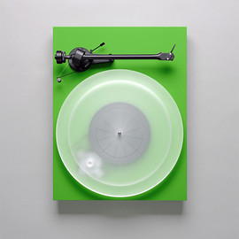 Pro-Ject AUDIO SYSTEMS - Pro-Ject Debut III turntable