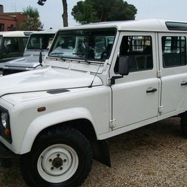 Land-Rover - Defender 110SW