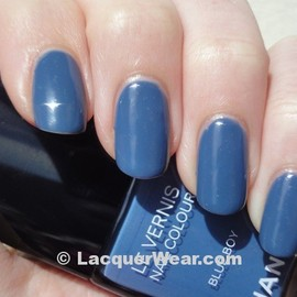 CHANEL - Chanel Blue Boy