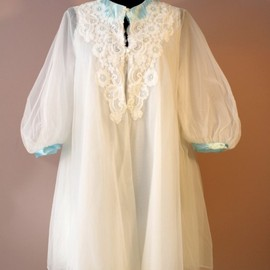 60s babydoll Peignoir set white Tiffany blue