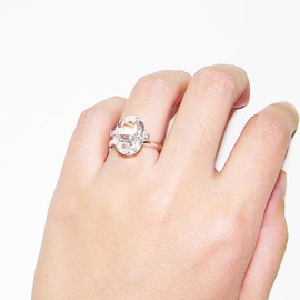 in her - Comes round ring(Length round)