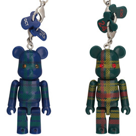 MEDICOM TOY - Birthday Happy i 伊勢丹タータンチェック 70% BE@RBRICK