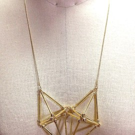 mUIk - Three-dimensional Heart NECKLACE [Gold]
