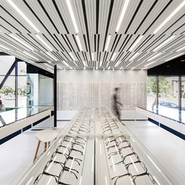 La SHED Architecture - Aire Visuelle eye clinic, Montreal
