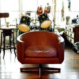 ABBOT KiNNEY JAPAN - 1960'S  LEATHER CHAIR
