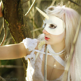 TomBanwell - Unicorn leather mask in white