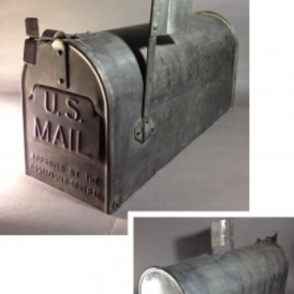"アメリカン・アンティーク - Early 1920's ""Galvanized Steel "" RURAL U.S. MAILBOX"