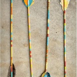 DIY Vintage-Inspired Arrows, Apartment Therapy Ohdeedoh - DIY Vintage-Inspired Arrows | Apartment Therapy Ohdeedoh