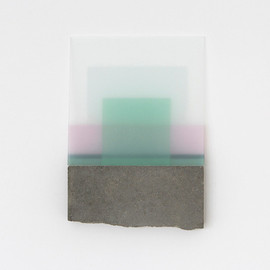 Simona Pries - Paradiesfragmente, 2006 Glass, partly painted, sandblasted, broken concrete slab 40 x 30 x 5 cm