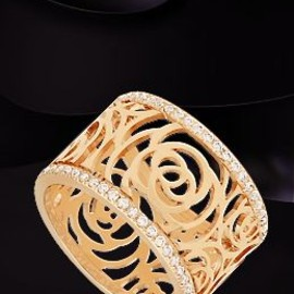 CHANEL - Chanel 18k pink gold & diamonds