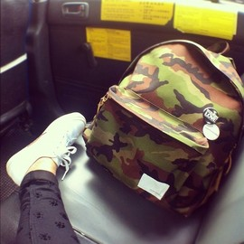 nanamica - camo backpack