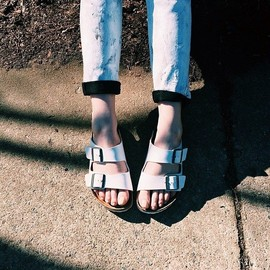 Birkenstock - Birkenstock Arizona Sandals in White