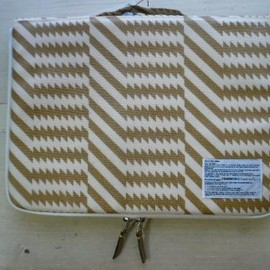 mintdesigns - PC CASE(15inch)/GOLD ZIGZAG