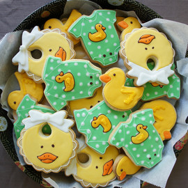 Montreal Confections - duckie cookie platter