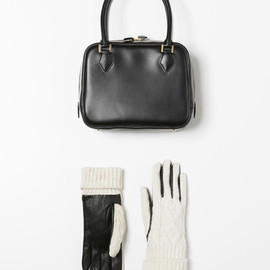 UNITED ARROWS - MINI BOSTON BAG &CABLE KNIT GLOVES
