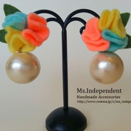 Ms.Independent - happy bouquet**pearlイヤリング