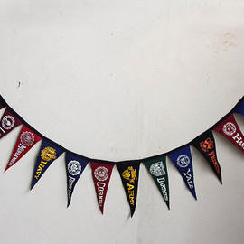 """EAST COAST"" COLLEGE - OLD COLLEGE FELT PENNANT"