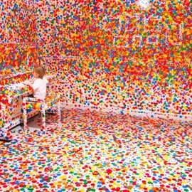 Yayoi Kusama - Look NowSee ForeverThe Obliteration Room