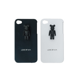 LOVE BY e.m. - 50% BE@RBRICK iPhone ケース