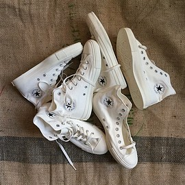 CONVERSE - ALL STAR MONOCOLORS
