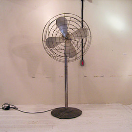 1950' INDUSTRIAL CUSTOM FLOOR FAN (OBJECT)