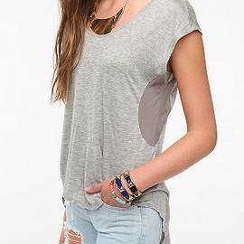 URBAN OUTFITTERS - Pins and Needles Sheer Panels Tee