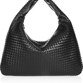 Bottega Veneta - Maxi Veneta intrecciato leather shoulder bag