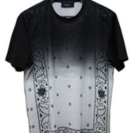 GIVENCHY by Riccardo Tisci - T-shirts
