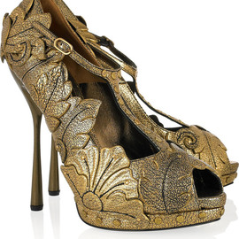 Alexander McQueen - Leaf appliqué sandals