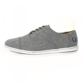 FRED PERRY - Fred Perry Laurel Carey in Wool 01 Fred Perry Laurel Carey in Wool
