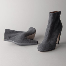 MAISON MARTIN MARGIELA ZIP LEATHER BOOTS