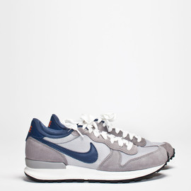 Nike - Air Solstice Grey