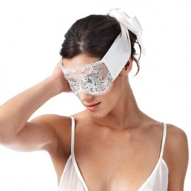 Kiki de Montparnasse - Lace Beaded Blindfold White