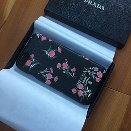 PRADA - iPhone7ケース