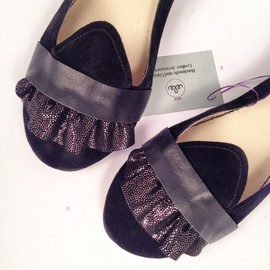 elehandmade - Handmade Black Ruffled Leather Loafers