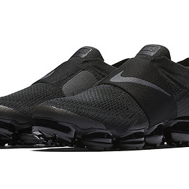NIKE - Air VaporMax Moc - Triple Black
