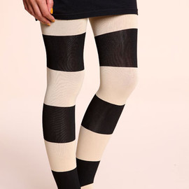 urban outfitters - Sneaky Fox Camel Striped Tights