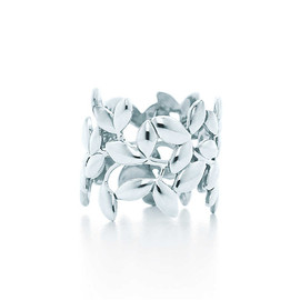 Tiffany & Co. - OLIVE LEAF BAND RING