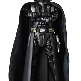 MEDICOM TOY - MAFEX DARTH VADER(TM) (Rogue One Ver.)