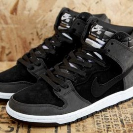 NIKE SB - CIVILIST × NIKE DUNK HIGH PREMIUM SB BLACK/BLACK-WHITE