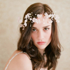 Twigs & Honey - Blushing floral crown - Style # 207