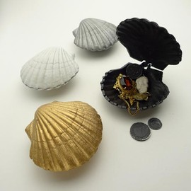 GOODY GRAMS-ADD - SEASHELL BOX