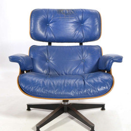 Herman Miller - Eames 670 Lounge Chair with Cobalt Blue Leather