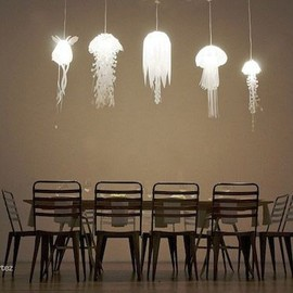 Roxy Russel Design - Jellyfish Lamps Are Illuminating